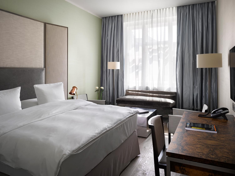 Suite Pretender The Emblem Hotel Prague
